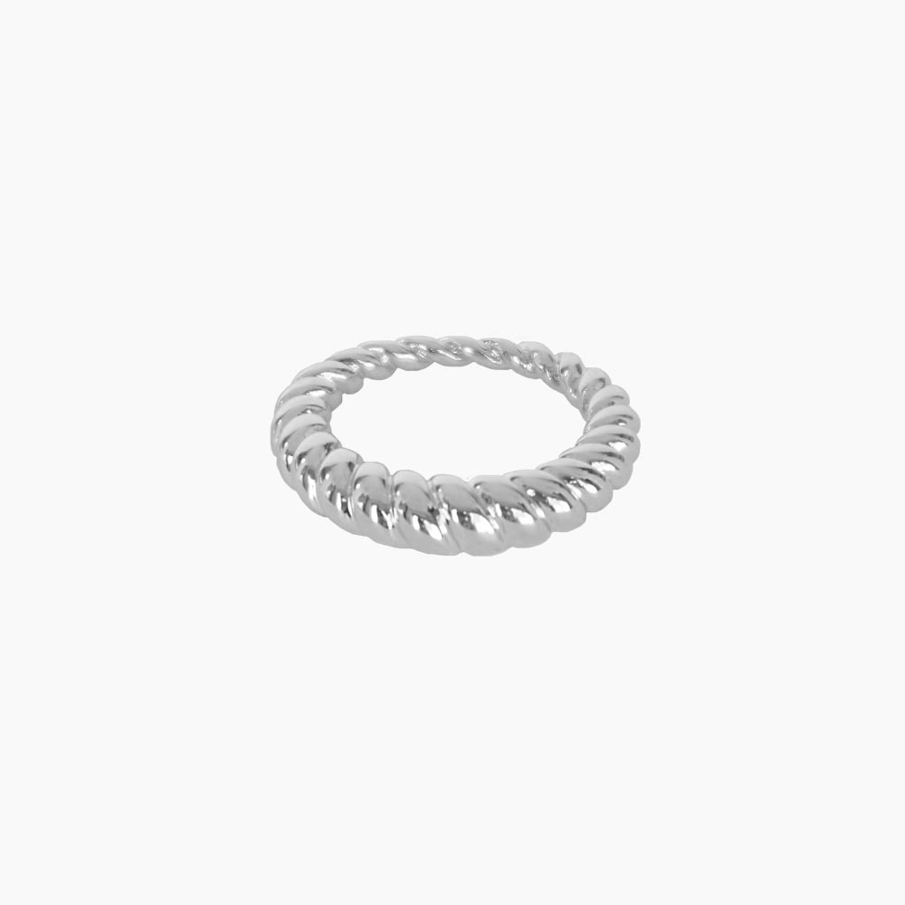 Ravine-Outer-Twisted-Ring-Silver