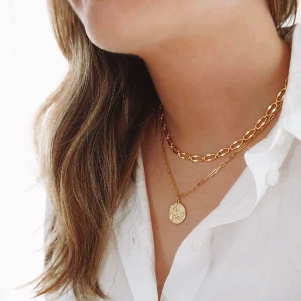 Serena Coin Necklace Gold